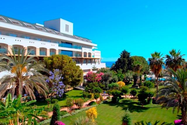 Oleander Beach Hotel Side