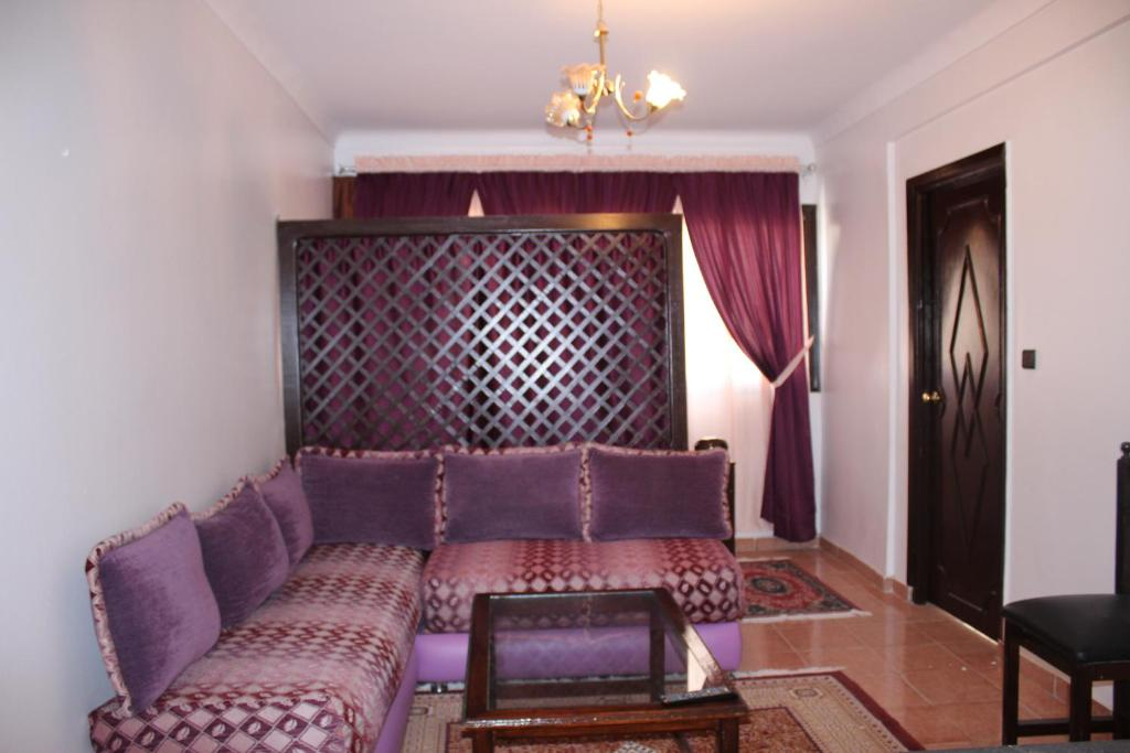 Appart 39 hotel nezha tangier book your hotel with for Apparthotel 92