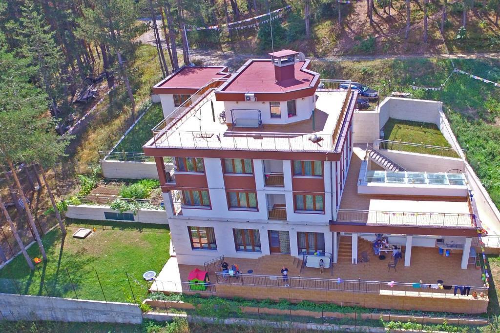 Мала Планина Къща за Гости