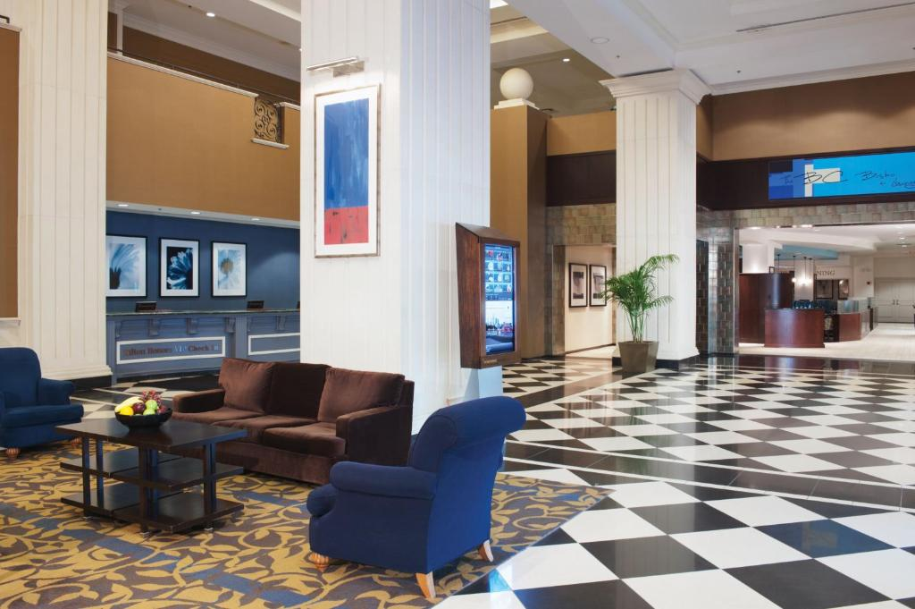 Doubletree By Hilton Chicago O 39 Hare Airport Rosemont Des Plaines Book Your Hotel With