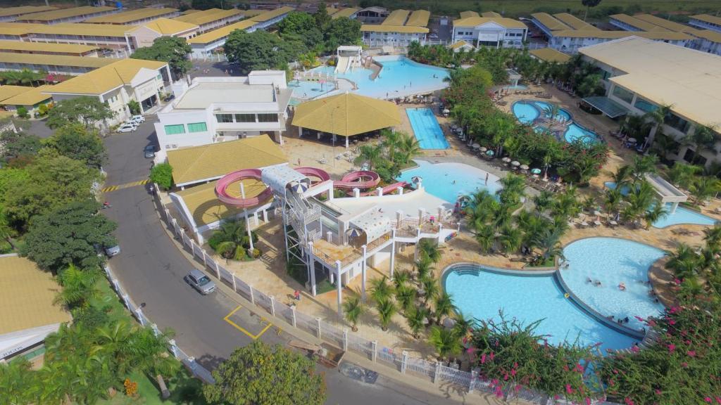 Apartamento lacqua di roma flats viaje caldas brasil for Via lima 7 roma