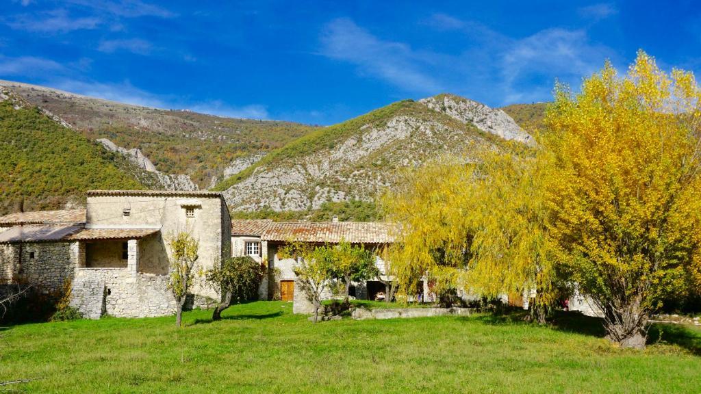 Chambres d 39 h tes le hameau des liesses chambres d 39 h tes - Chateauneuf en auxois chambre d hotes ...