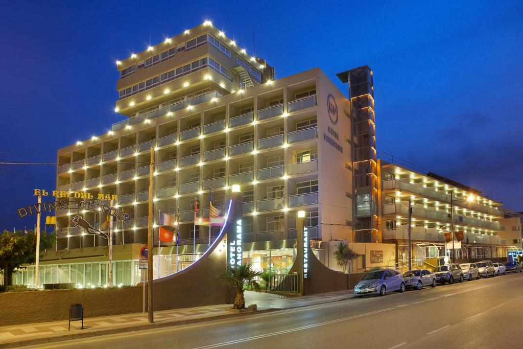 Hotel panorama l 39 estartit for Hotel panorama hotel