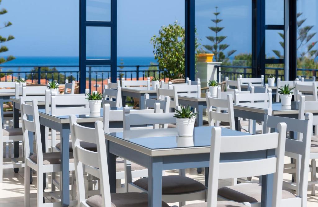 Hotel Contessa Room Service Menu