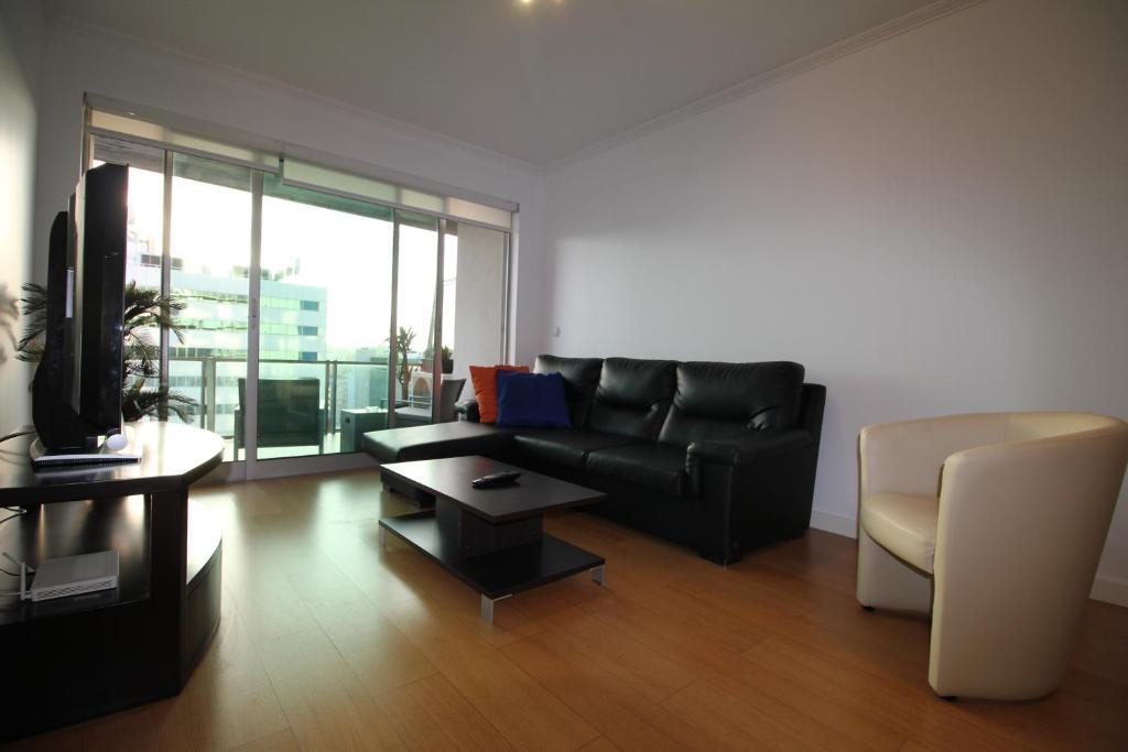Apartamento lisbon malhoa modern flat apartamento en - Apartamento en lisboa ...