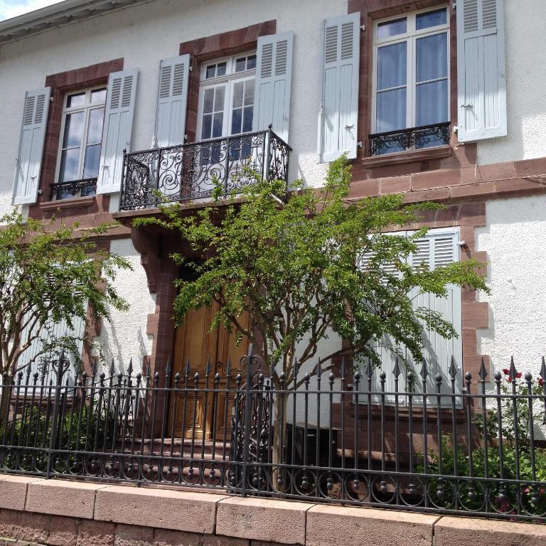 Appartements la villa esponda locations de vacances saint - Location appartement saint jean pied de port ...