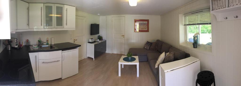 <div data-et-view=NAFQCDCcdXDPdFO:1</div Osøyro Apartment