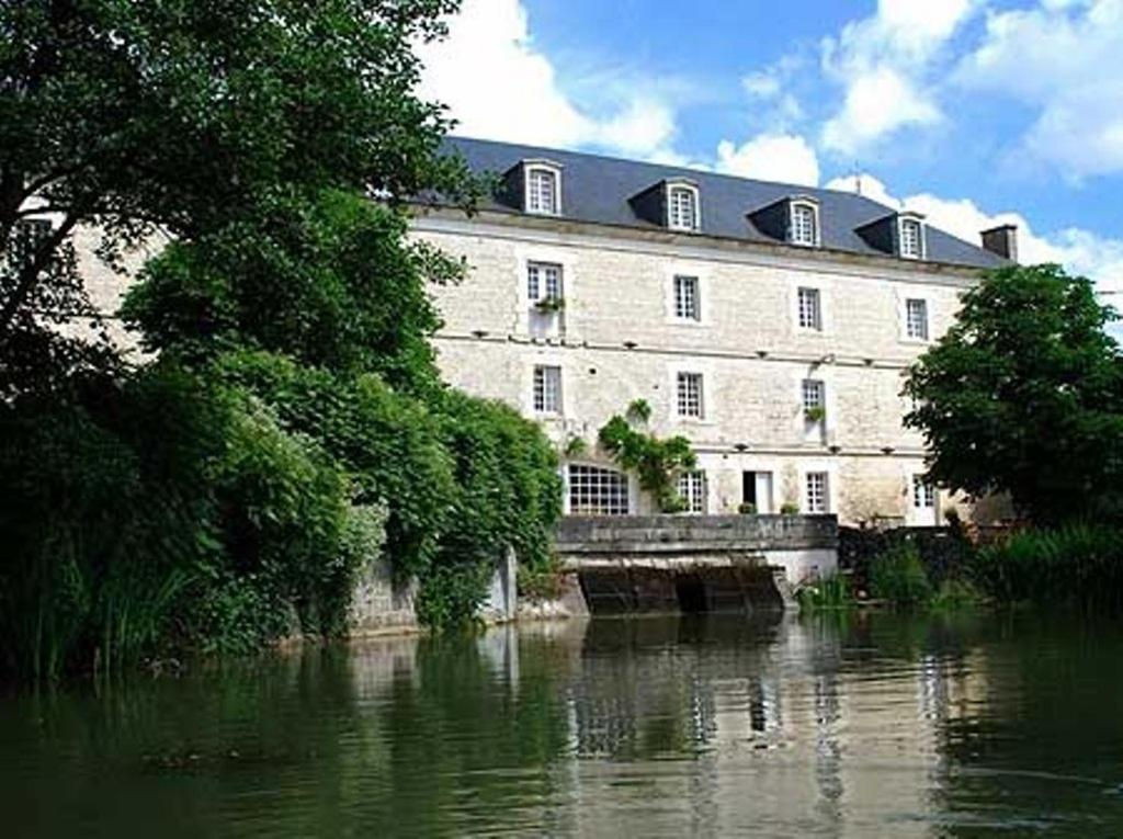 Le moulin de poilly chambres d 39 h tes poilly sur serein for Chambre d hote le moulin