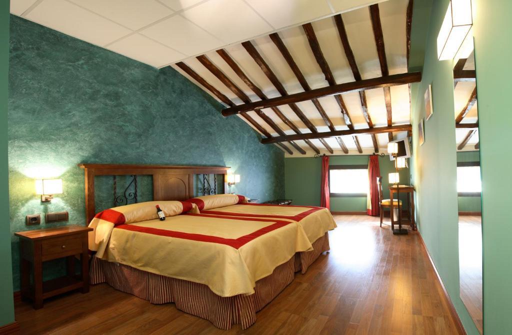 Hotel duques de najera bed breakfasts najera - Bed and breakfast logrono ...