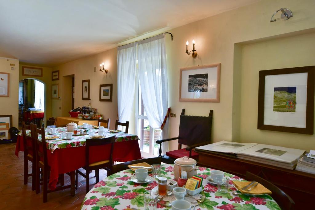 Casa de campo LAtelier di Pierflavio (Italia La Morra ...