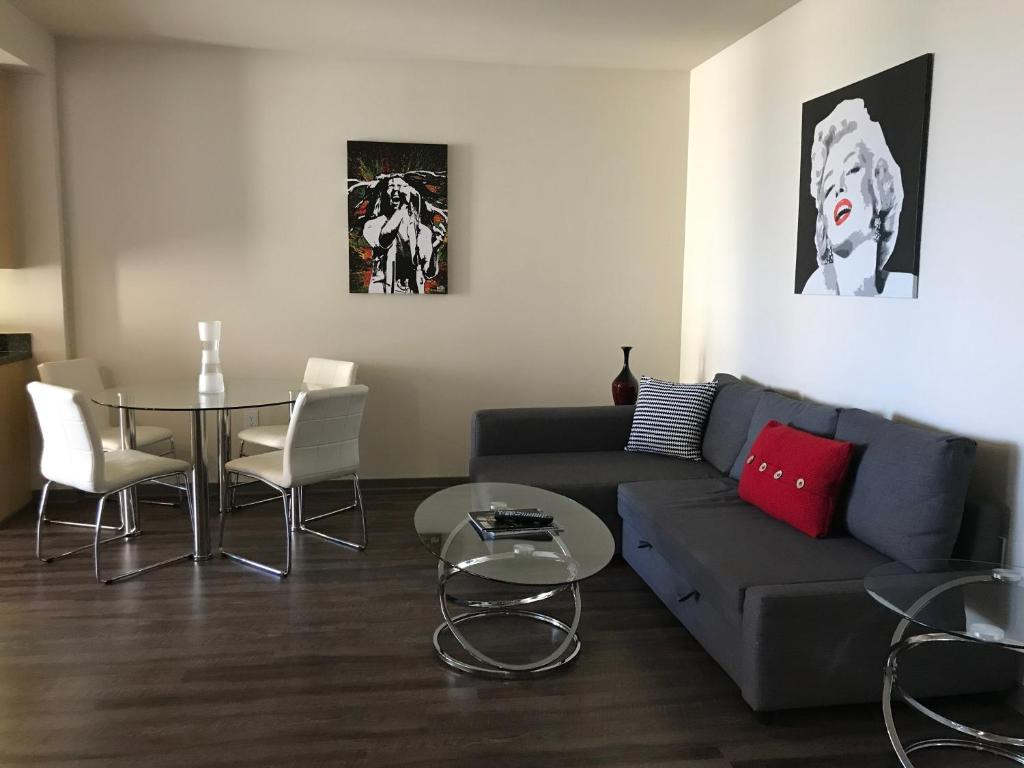 Sunset Strip 1 Bedroom With Balcony, Pool And Views, Appartement Los Angeles