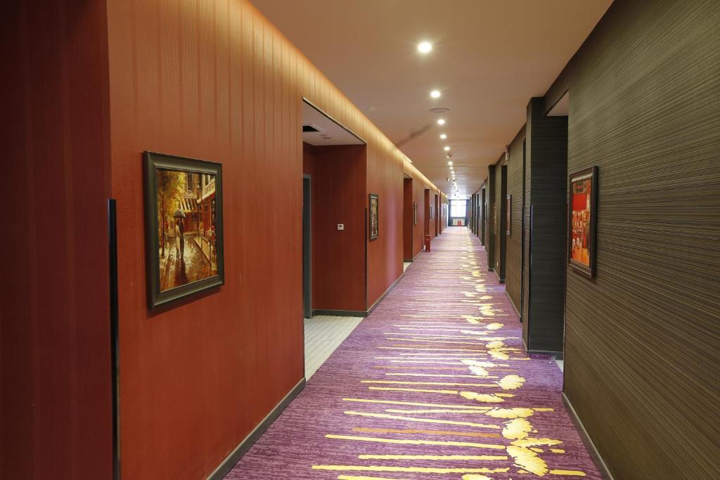 速8酒店库尔勒石化大道店(内宾)