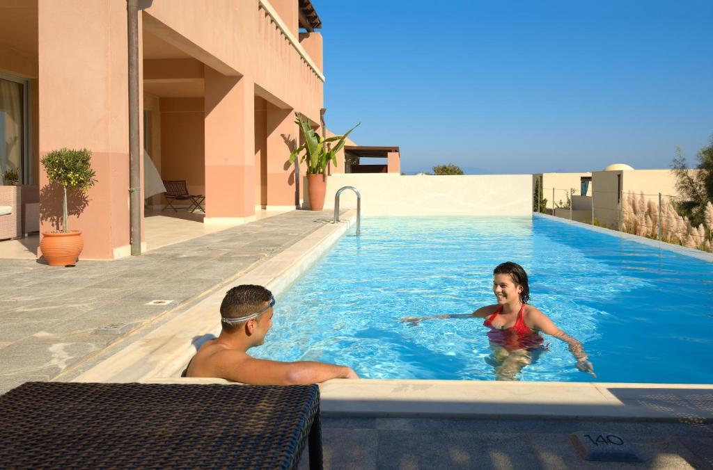 Helona Resort room 2