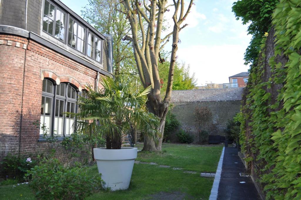 Au c ur du jardin lille online booking viamichelin for Jardin tecina booking