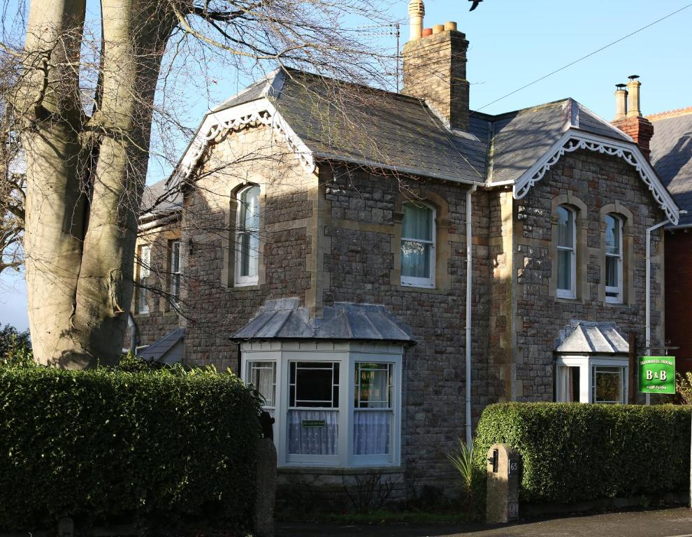 Brookshill House B & B