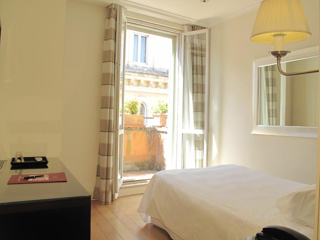 Hotel Albergo Santa Chiara Rome