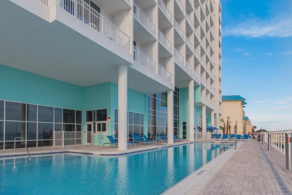 hampton inn suites panama city beach beachfront panama. Black Bedroom Furniture Sets. Home Design Ideas