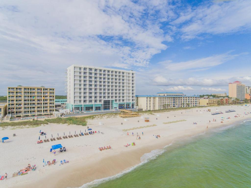 Hampton inn suites panama city beach beachfront for Hotel a reserver