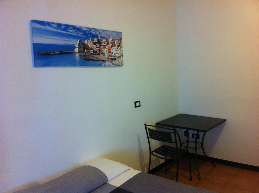 Hotel Colombo Genova Via Porta Soprana