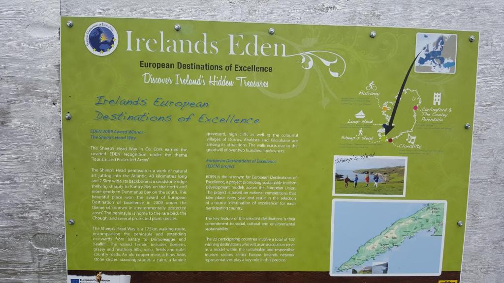 <div data-et-view=NAFQCDCcdXDPdFO:1</div 7 An Clachan,Kilcrohane village, Cork