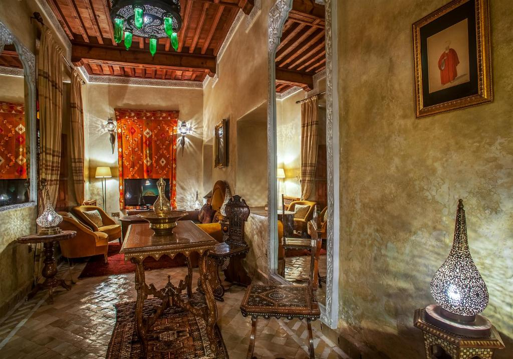 Riad spa laurence olivier r servation gratuite sur for Chambre arabo suisse