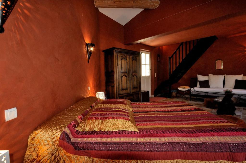 Mas de lure salon de provence reserva tu hotel con for Hotel b b salon de provence