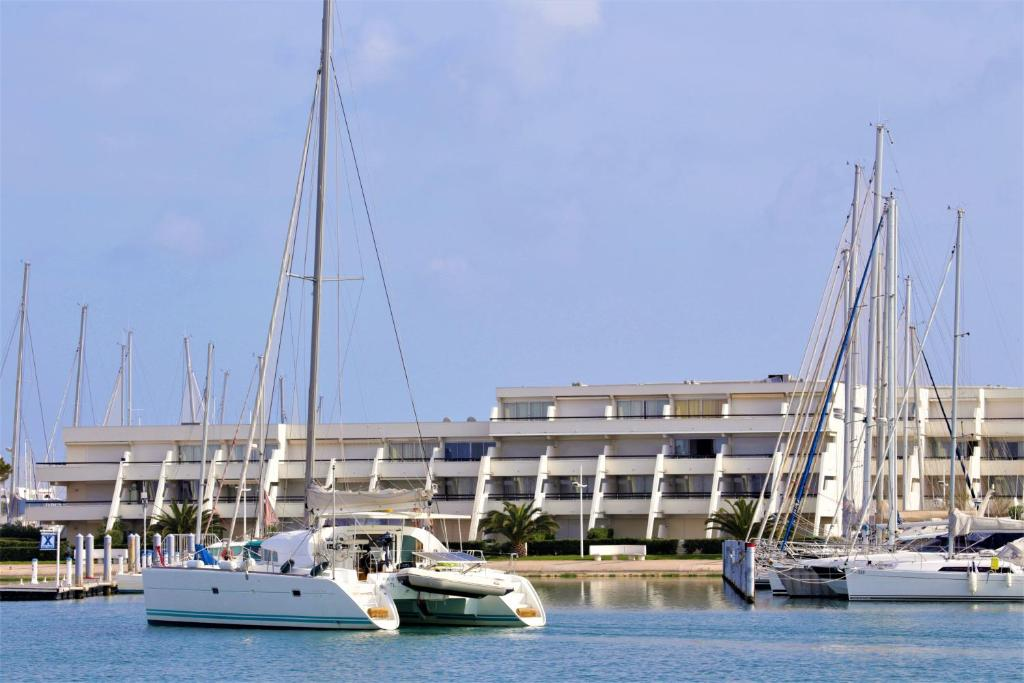 Rivages d 39 ulysse port camargue r servation gratuite sur viamichelin - Meteo consult port camargue ...