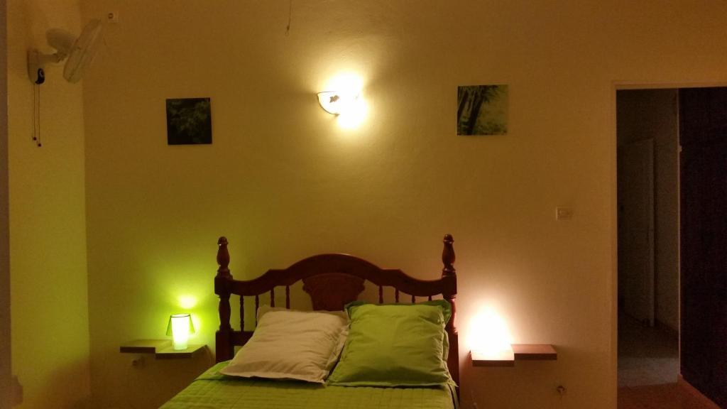 Chambres d 39 h tes l 39 oliveraie chambres d 39 h tes saint joseph for Chambre d hotes l