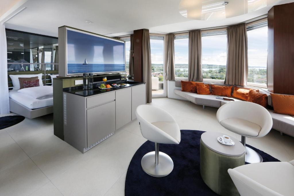 Aquaturm hotel energie radolfzell am bodensee for Designhotel am bodensee