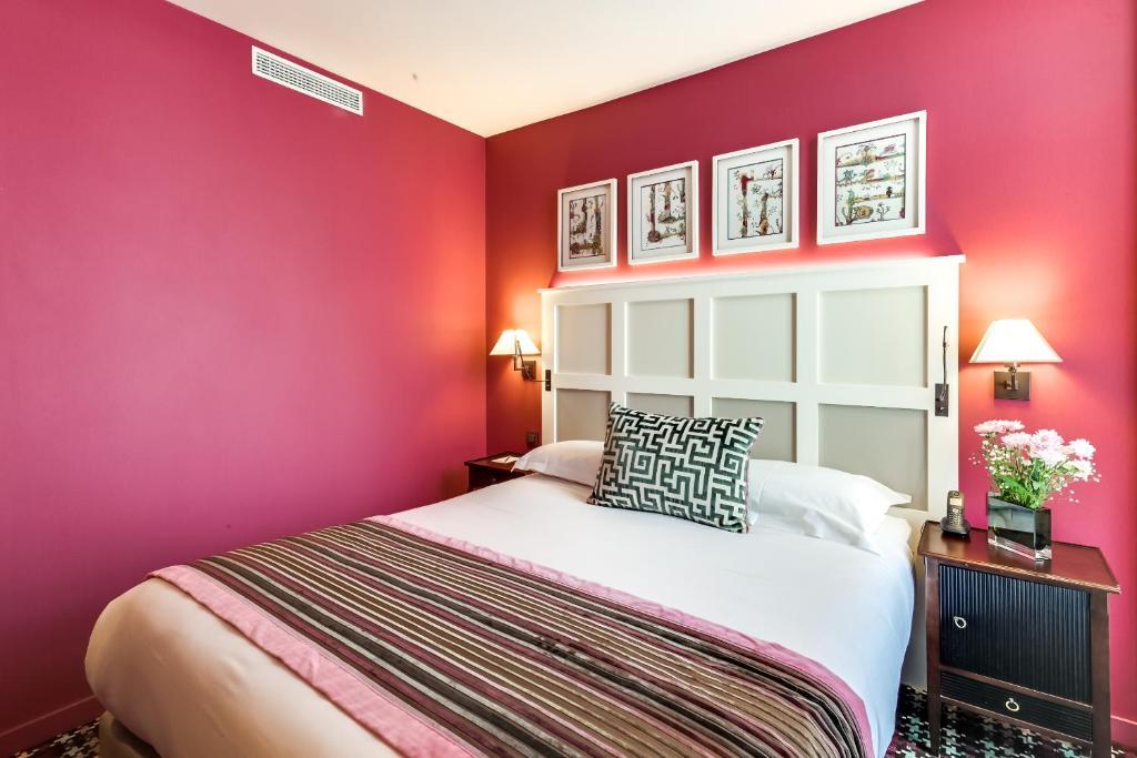 les tournelles paris online booking viamichelin. Black Bedroom Furniture Sets. Home Design Ideas