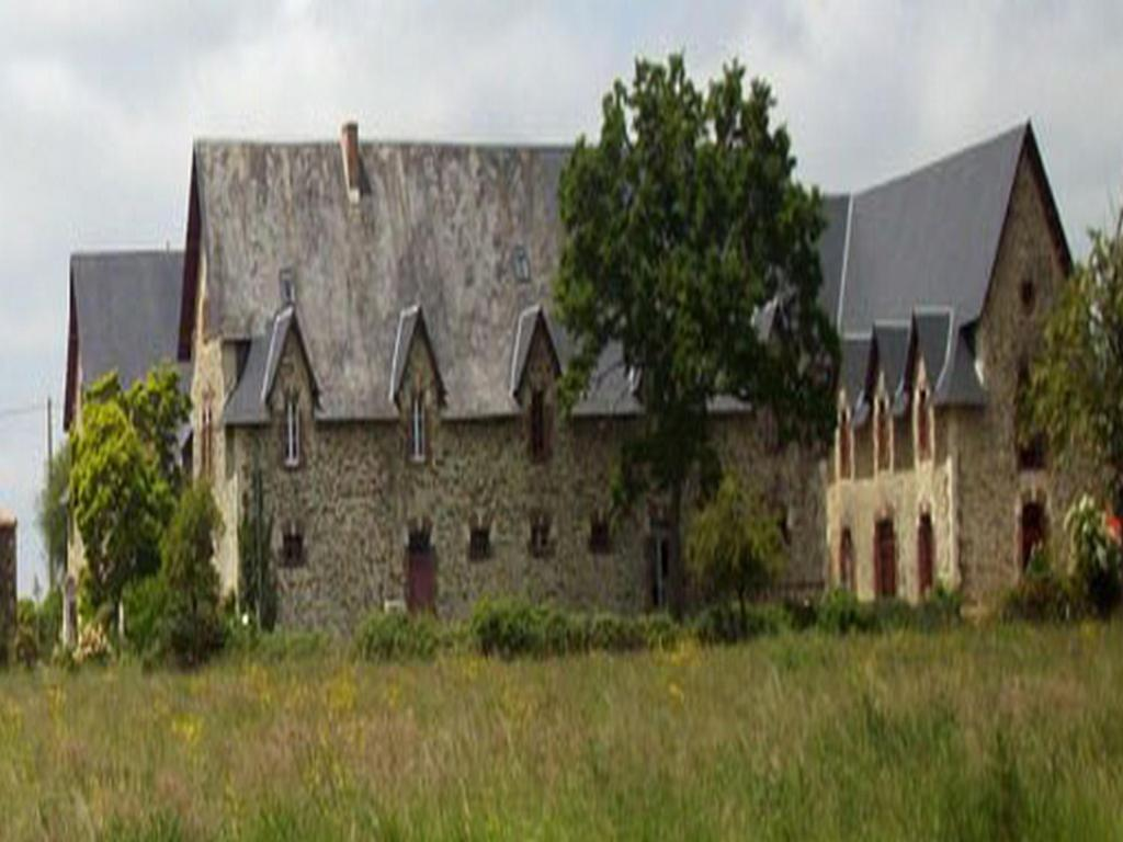 Ch teau de la bobini re chambres d 39 h tes mouchamps for Chambre d hote chateau thierry