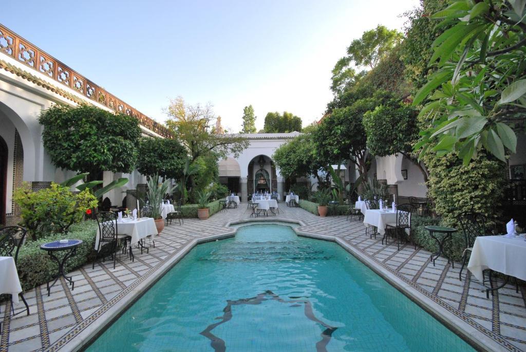 Palais dar donab casas rurales marrakech for Bab hotel marrakech piscine