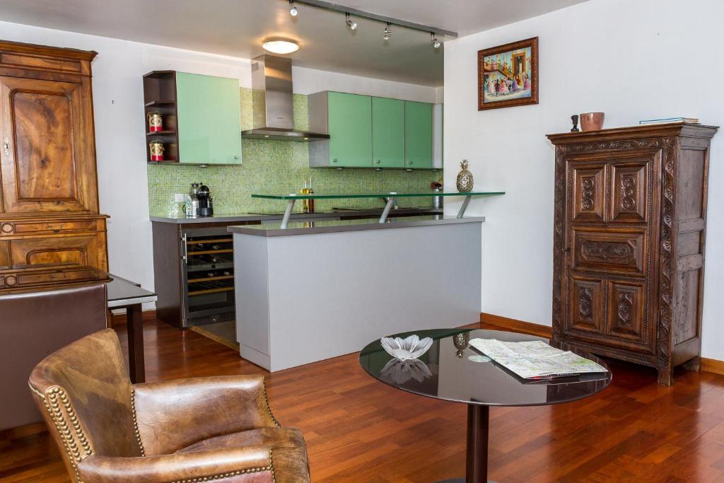 Appartement 3 Chambres sur Oberkampf