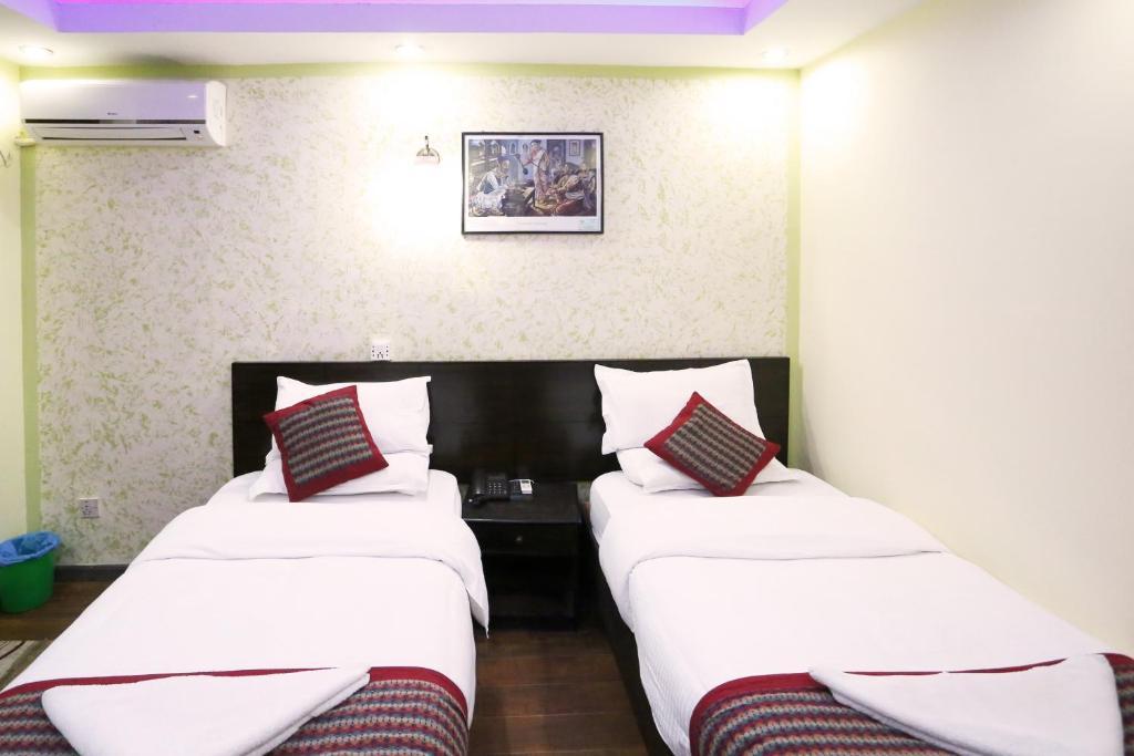 Hotel kathmandu home nepal kathmandu informationen und for Home furniture online nepal