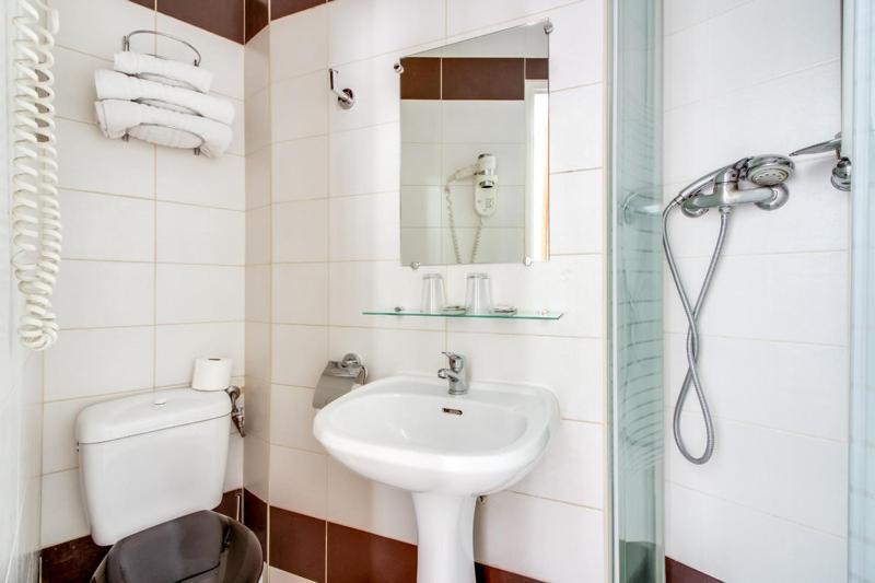 H tel de cabourg paris online booking viamichelin for Hotels 75017