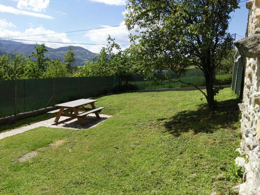 Casa de campo Casa Bea (España Llenín) - Booking.com
