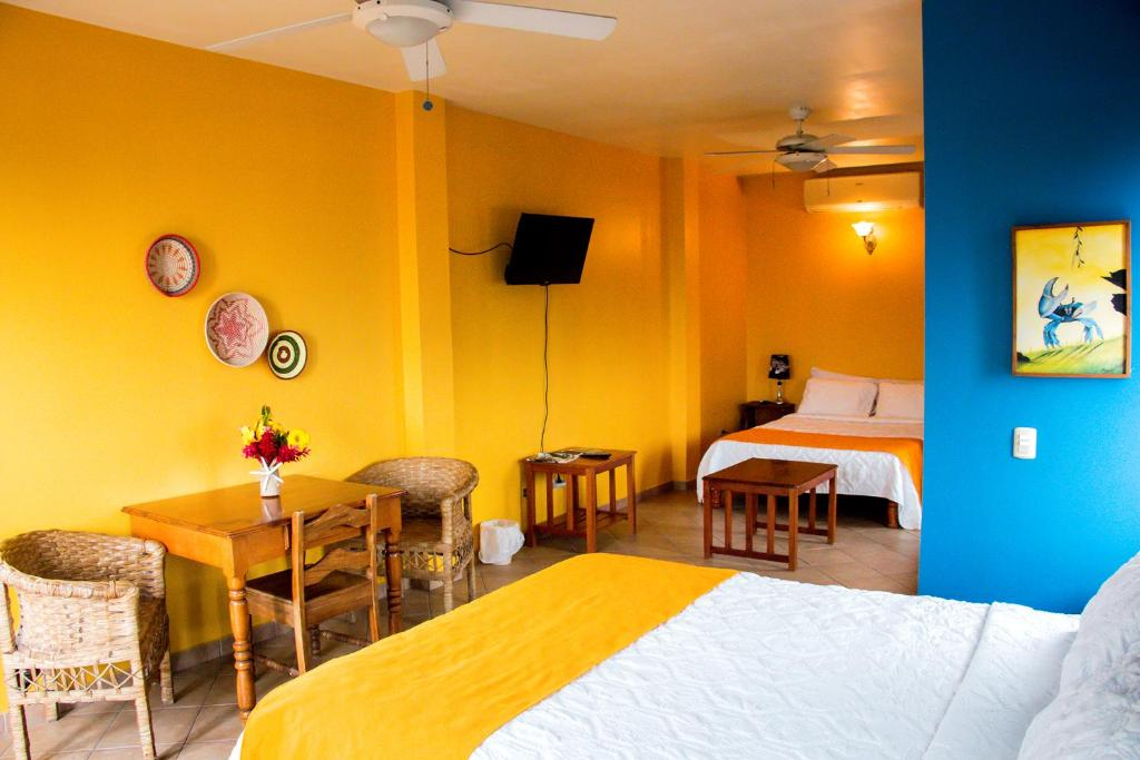 Hotel maya vista tela prenotazione on line viamichelin for Hotel maya tela