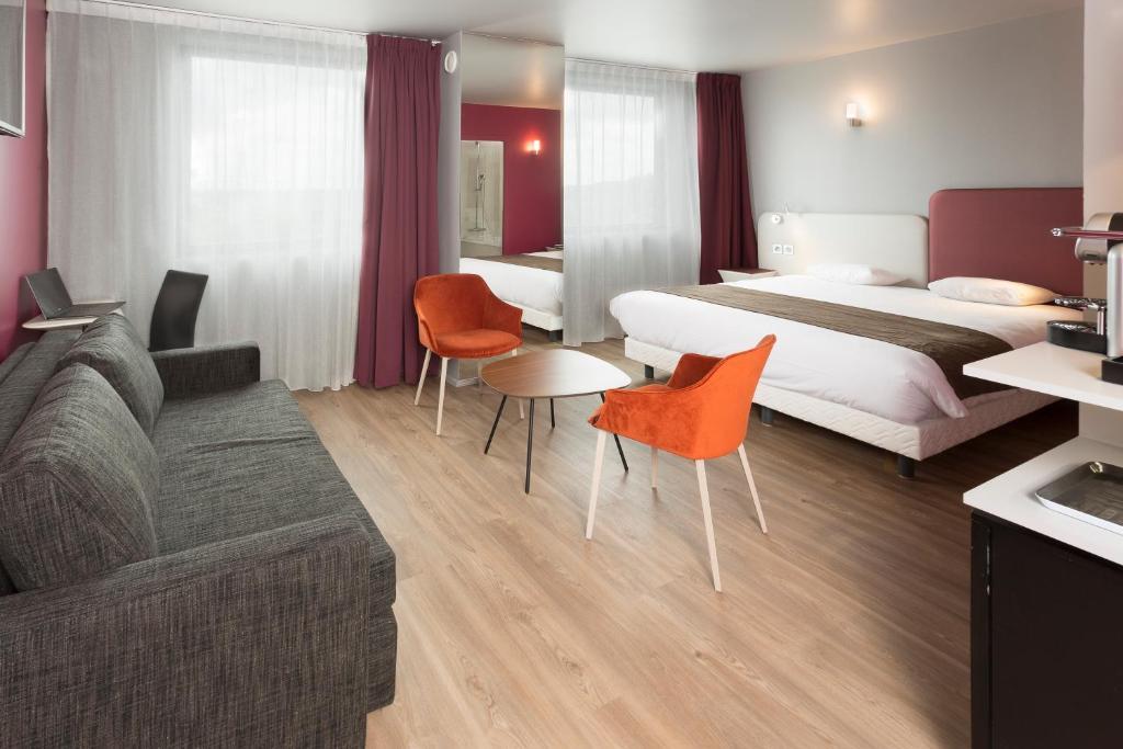 Inter h tel torcy torcy viamichelin informatie en for Appart hotel torcy