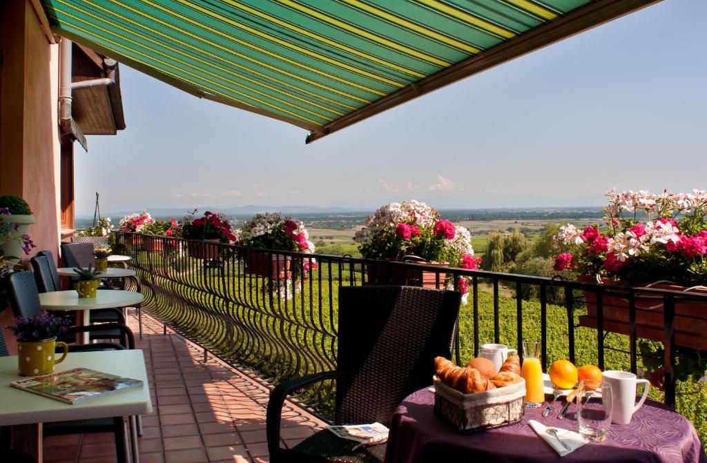 Au Riesling Hotel And Restaurant Alsace Zellenberg France