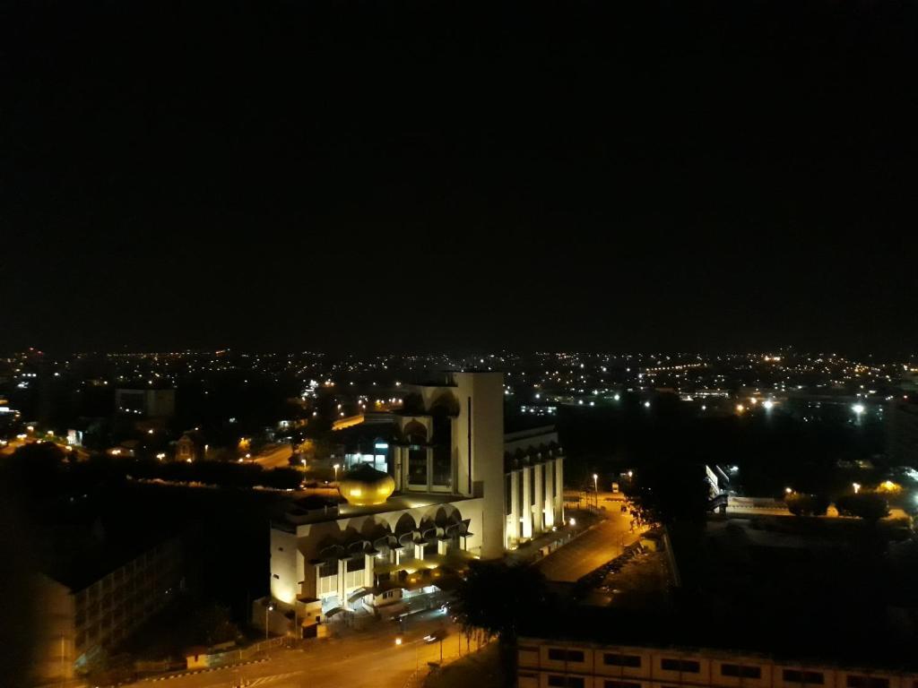 Lebuhraya Shah Alam – KESAS | mycen.my hotels – get a room!