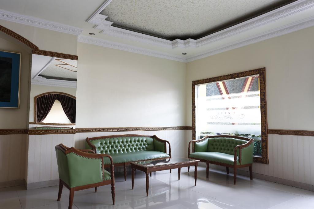 Hotels near Plaza Ambarukmo, Yogyakarta - Agoda