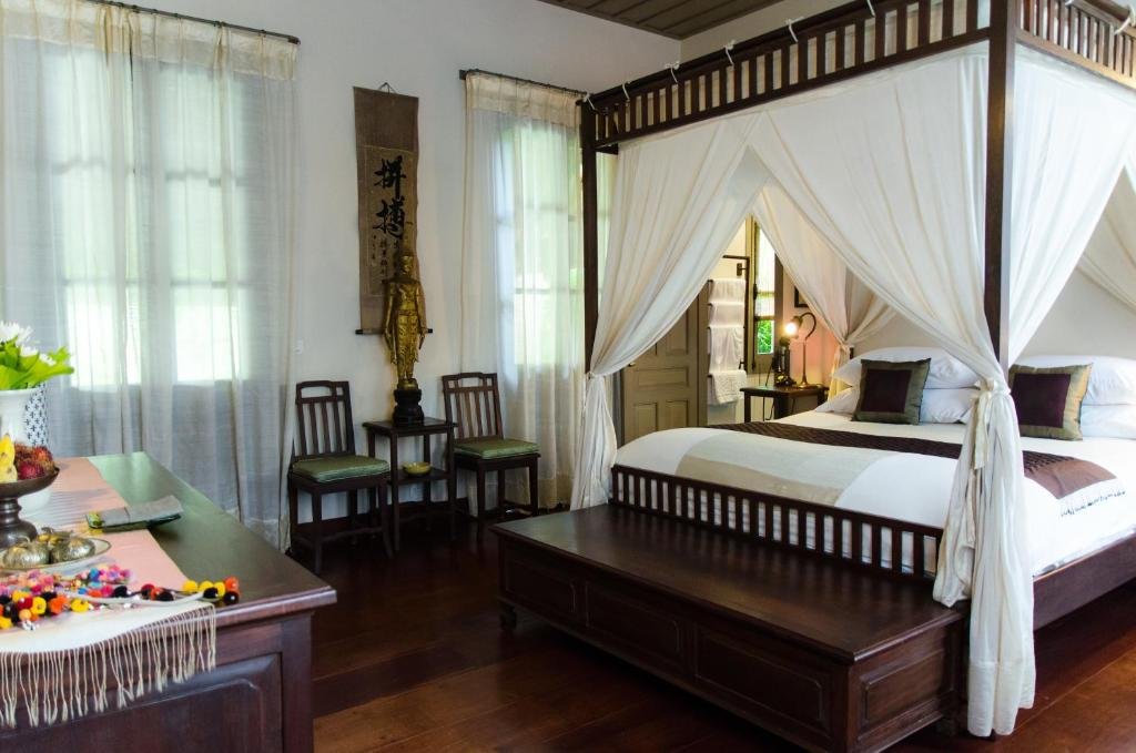 Satri house secret retreats louangphrabang book your for Secret hotel booking