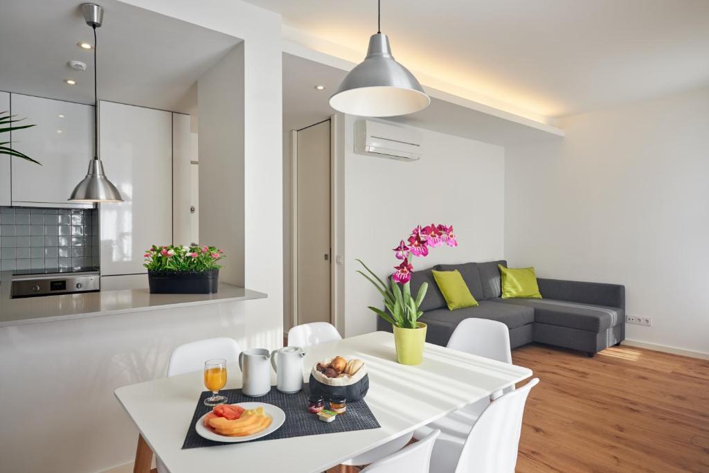 Apartamentos ponte nova oporto reserva tu hotel con viamichelin - Booking oporto apartamentos ...