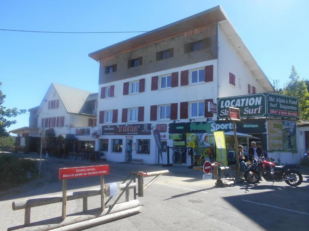 Hotel le central r servation gratuite sur viamichelin for Central reservation hotel