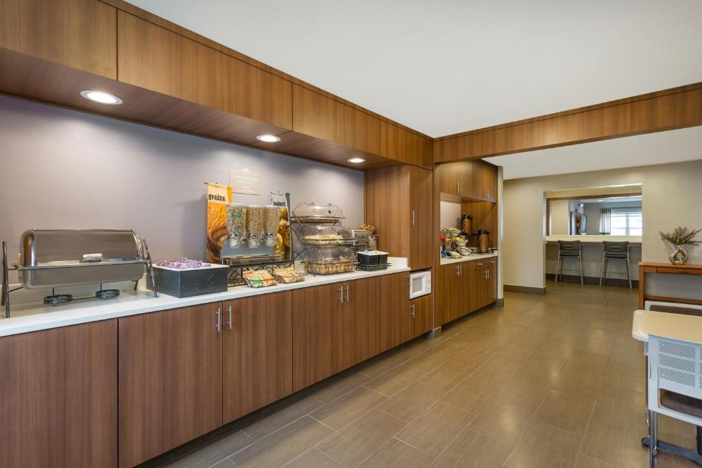 Microtel Inn & Suites by Wyndham Sandston
