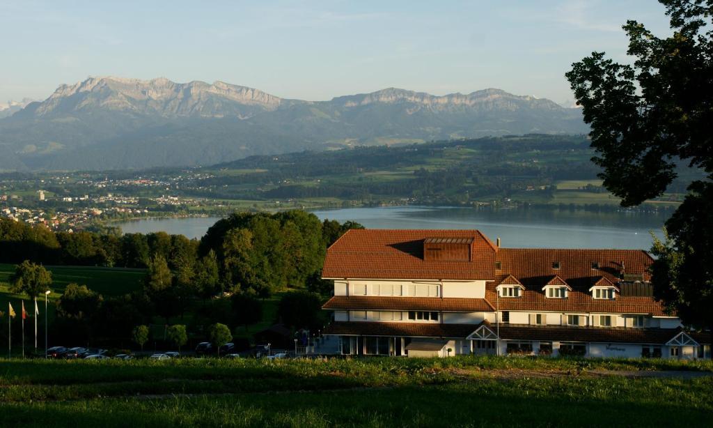 Hotels In Eich Deutschland