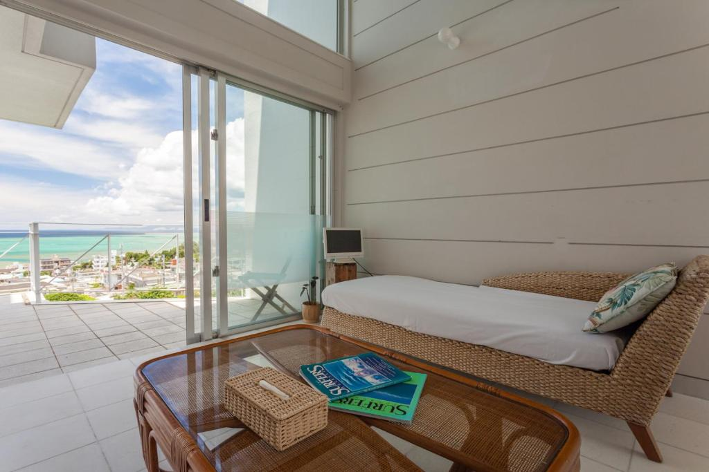 Coral garden 7 pools naha online booking viamichelin for Coral garden 7 pools okinawa