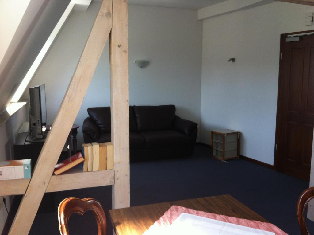 hotel zum b geleisen duisburg informationen und buchungen online viamichelin. Black Bedroom Furniture Sets. Home Design Ideas