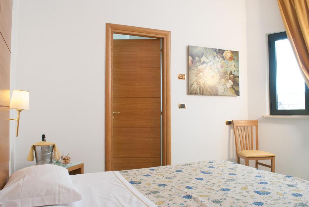 Hotel Via Capri Casoria