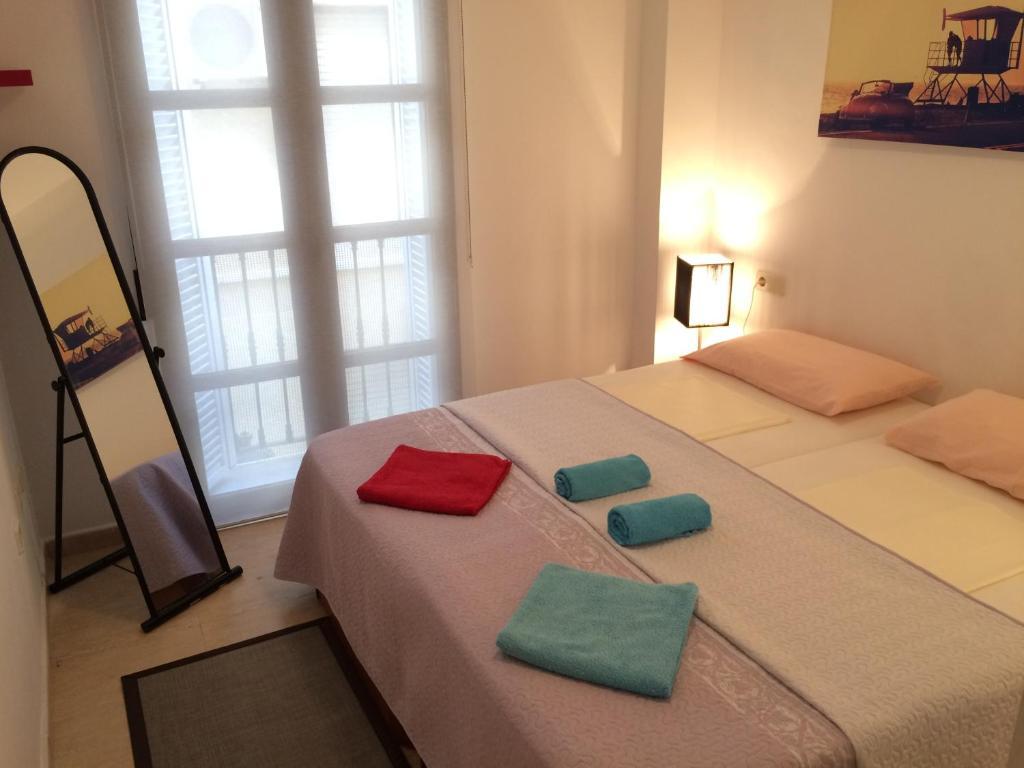 Astoria alicante reserva tu hotel con viamichelin for Hoteles familiares alicante